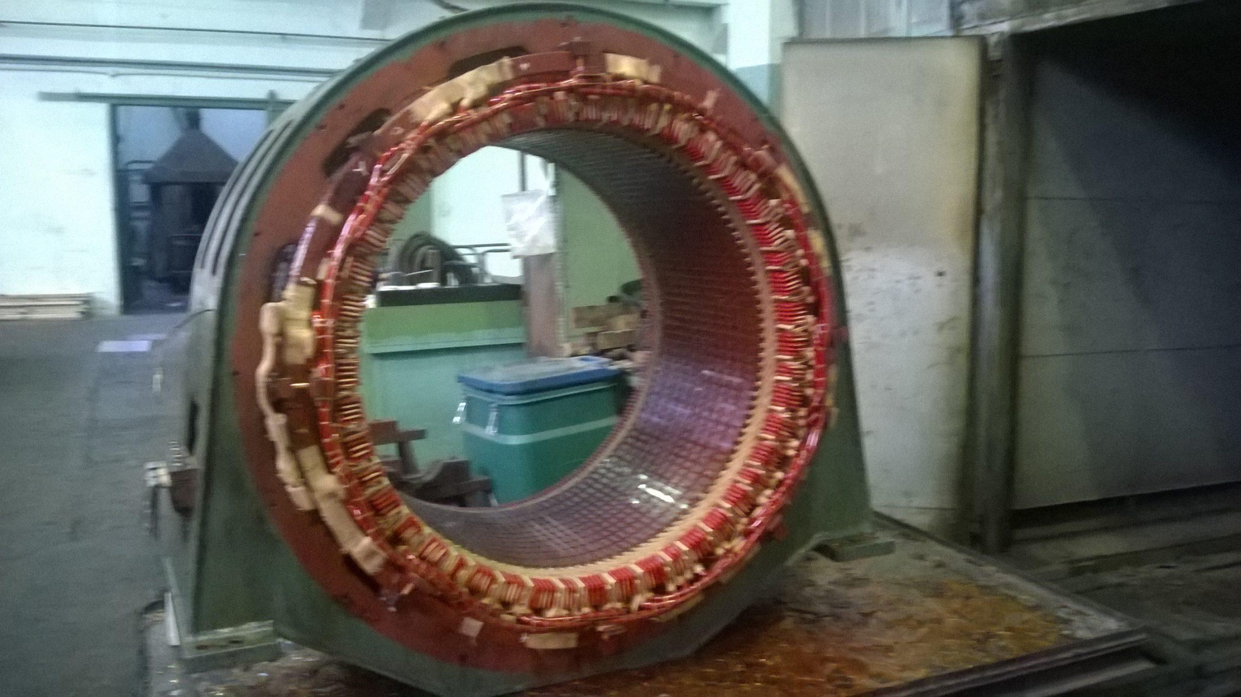 Przezwojenie stojana hydrogeneratora